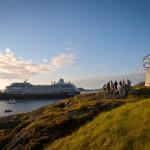 Гости Лайнера Azamara Quest пересекли границу Северного Полярного круга